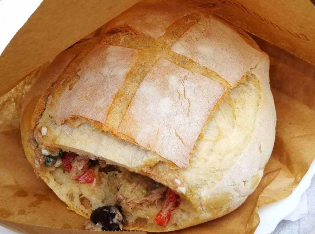 Pain bagnat- אוכל רחוב בניס שבפרובנס