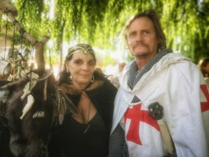 זוג מימי הביניים, פסטיבל בפרובנס