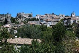 כפר בלוברון Saignon